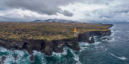 800px-Svrtuloft_Lighthouse2.jpg
